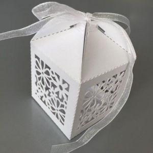 Filigraan doosje bloemen wit met lint, 10 stuks