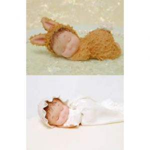 Karen Davies Mold Sleeping Baby & Pillow