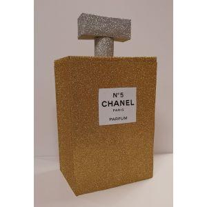 Sinterklaas surprise pakket Parfum fles chanel no 5