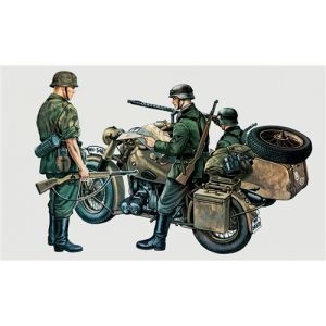 Italeri BMW R75 with sidecar incl. 3 figures