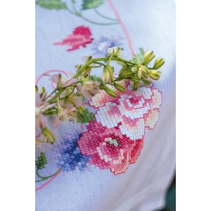Vervaco Borduurpakker dekservet bloemen en vlinders PN-0164449