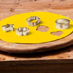 Uitgerolde rolfondant disc mellow yellow 36cm F20725