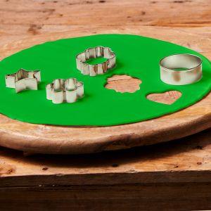 Uitgerolde rolfondant disc spring green 36cm F20720